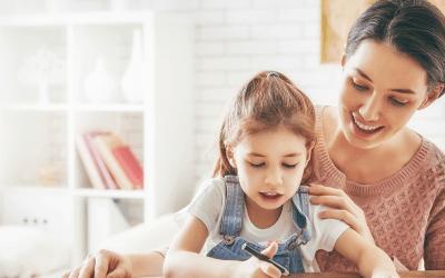 Les métiers de la petite enfance : une filière d'avenir